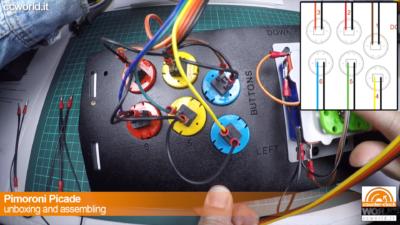 Si collegano i fili ai pulsanti, partendo dal marrone nel n.1
